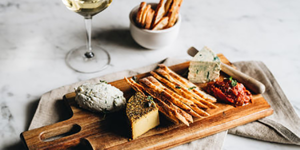 Vegan wines and cheeses